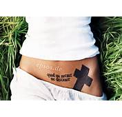 Angelina Jolie Tatuaggi  Epsosde