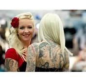 Tattoo Convention Frankfurt Ewig Surrt Die Nadel Auf Der Messe