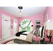 Bedroom Makeover For A Teen Girls Room Devine Decorating