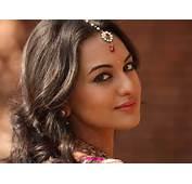 Sonakshi Sinha HD Wallpapers  All Heroines Photos