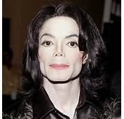 Michael Jackson Appears Very Pale And Sickly In This Recent Photo