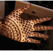 30 Simple And Easy Mehandi Designs For Beginners With Images