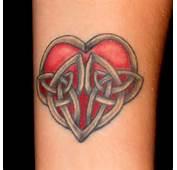 Heart Tattoos Looks Great On Both Women An Woman