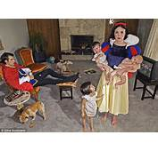 Dina Goldsteins Fallen Princesses Shows Disneys Snow White And