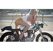 Cafe Racer Girl And Bobber Beauty A Lady In Lid Nice Way To