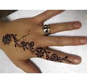 Pakistan Cricket Player Small Henna Designs