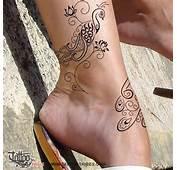 Tatuaggio Di Pavone E Fiori Loto Bellezza Rinascita Tattoo