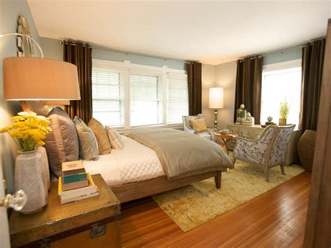 Modern Bedroom Neutral bedroom design & decor ideas gallery