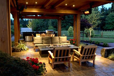 Outdoor Covered Patio with Fire Pit