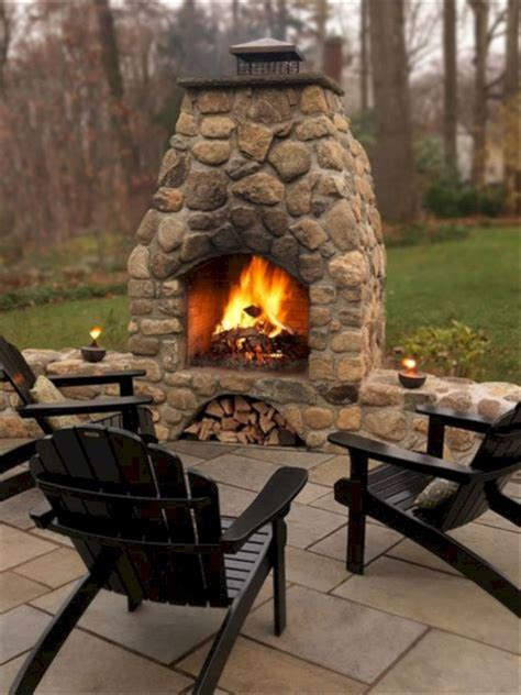 Small Outdoor Patio Fireplaces