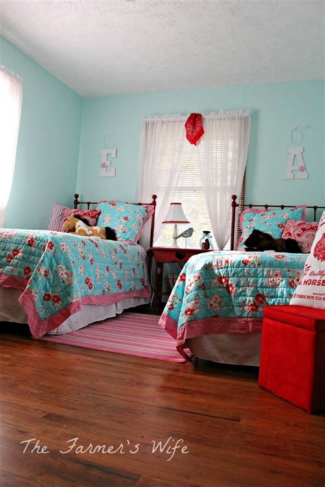 Turquoise Red Bedroom bedroom design & decor ideas gallery