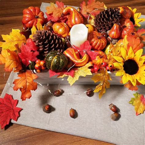 Winlyn 110 Pcs Artificial Autumn Gourds, Mini Pumpkins, Pine Cones,